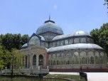http-::commons.wikimedia.org:wiki:File-Palacio_de_Cristal_-_Parque_del_Buen_Retiro.jpg
